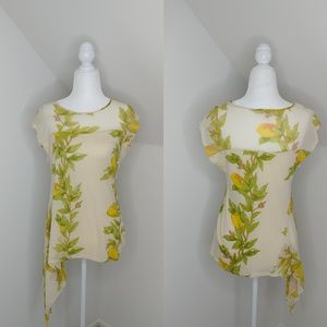 Tiny blouse Size M